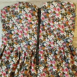 Love Chesley Floral Halter Dress XL in EUC